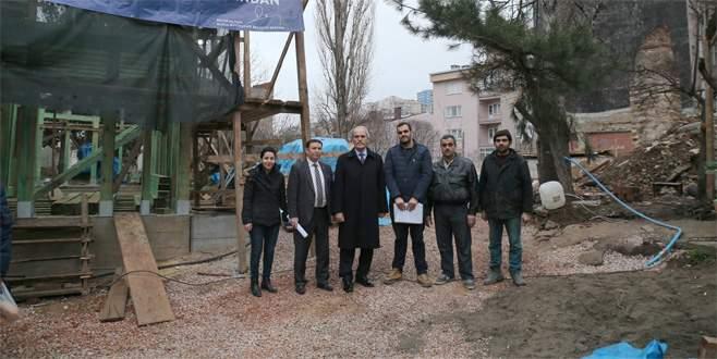 Bursa'da tarihi semt bir eser daha kazanıyor