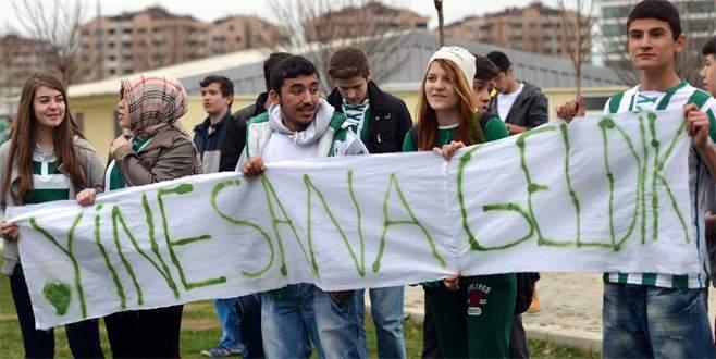 Bursaspor'dan Sevgililer Günü için taraftara jest