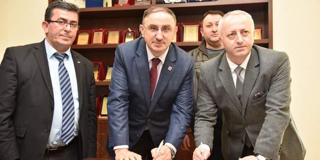 Mustafakemalpaşa'da toplu sözleşme imzalandı