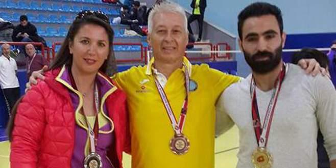 Erol'dan çifte şampiyonluk