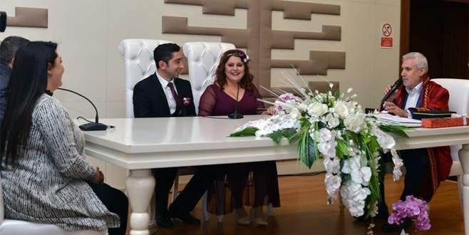 Sevgililer Günü'nde Nilüfer'de 'evet' dediler