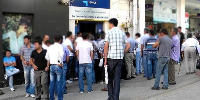 İşsizlik yüzde 12'yi aştı