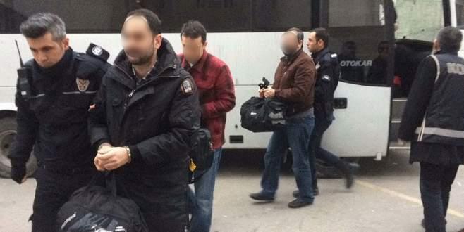 Bursa'da FETÖ soruşturmasında 7 avukat tutuklandı