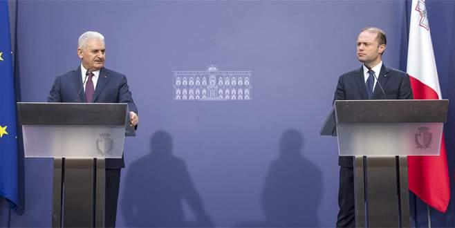 Başbakan: Kuzey Kıbrıs Türk tarafı çözümde bir adım önde