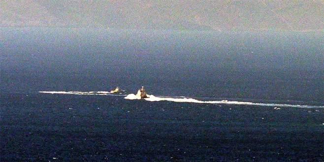 Türk karasularını ihlal eden Yunan botu geri çevrildi