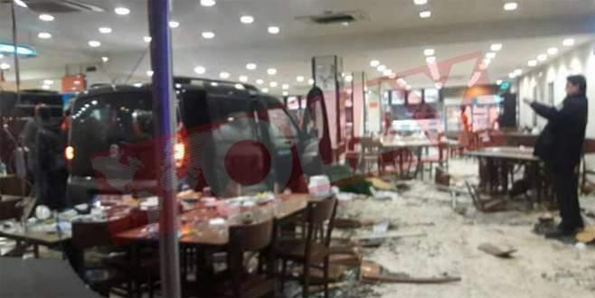 Bursa'da feci kaza: 2'si ağır 13 yaralı