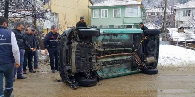 Bursa'da cenaze yolunda kaza