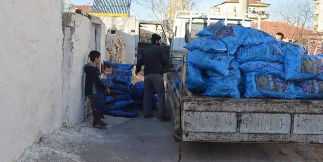 Kömürü çalınan engelliye Bursa'dan yardım eli uzandı