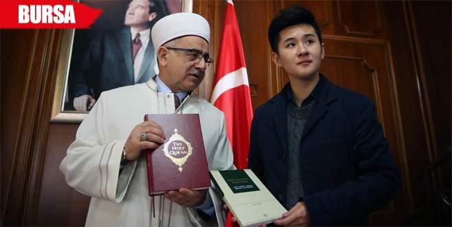 Budist genç İslamiyet'i seçti