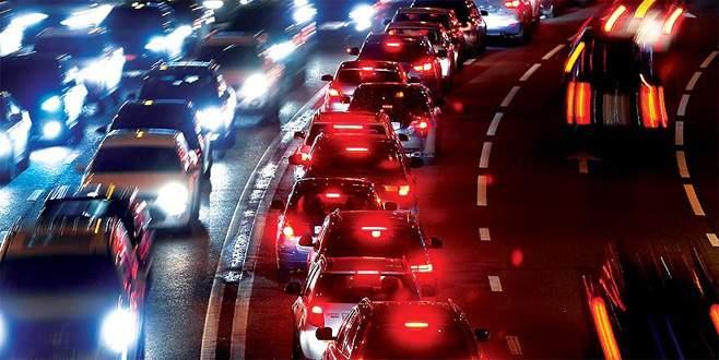 Ehliyet sahiplerine 'trafikte saygı eğitimi' başlıyor