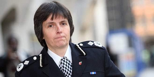 Scotland Yard bir kadına emanet