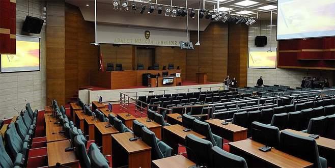 Demirtaş'ın 'alenen hakaret' davasında reddi hakim talebi