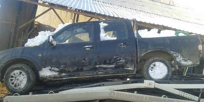 Terör saldırısı için çalınan araç kar altında bulundu