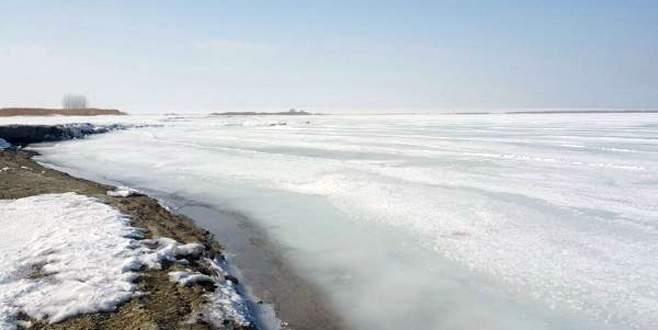 Van Gölü dondu