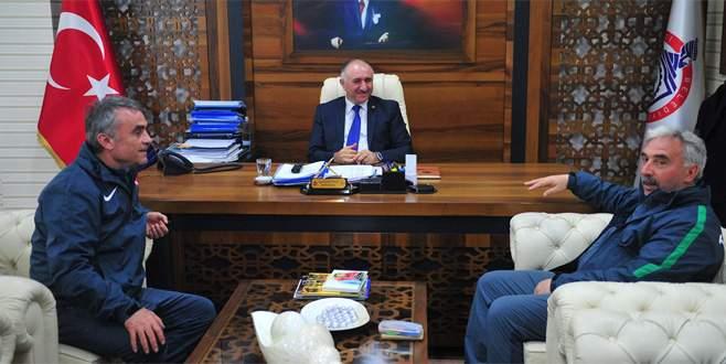 Orhangazispor'a Ahmet Akcan desteği