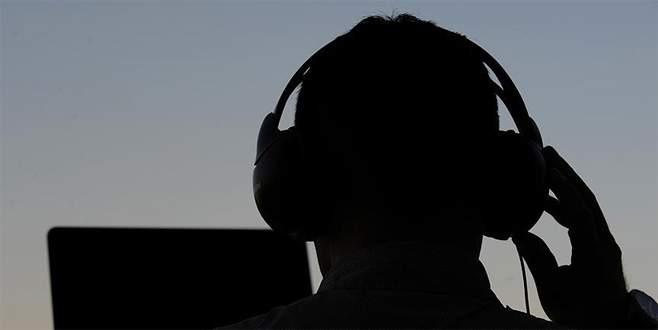 'Alman istihbaratı yabancı gazetecileri dinledi' iddiası