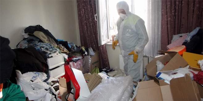 Evden 15 ton çöp çıktı! Ailenin çocuğu devlet yurduna yerleştirildi