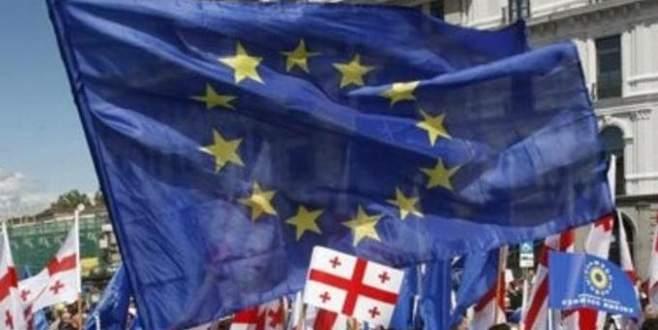 Gürcistan'a vize serbestisi onaylandı