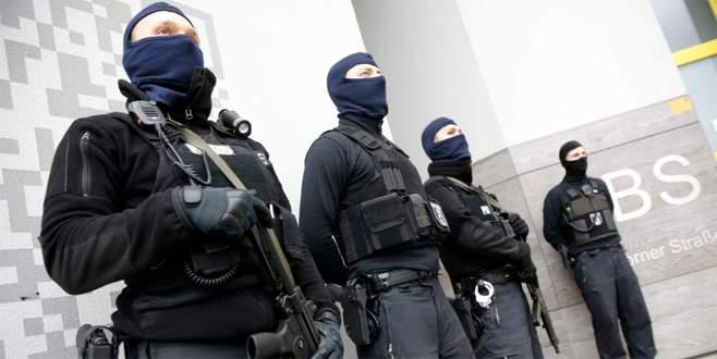 Berlin'de 'radikal İslamcı' operasyonu
