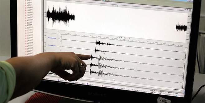 Çanakkale'de korkutan deprem! Bursa'da da hissedildi