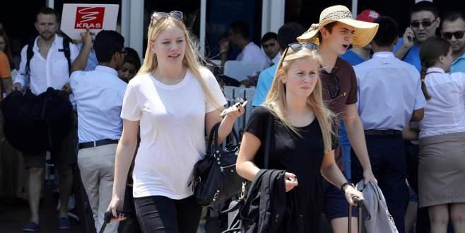 Antalya'ya gelen Rus turist sayısı 35 kat arttı