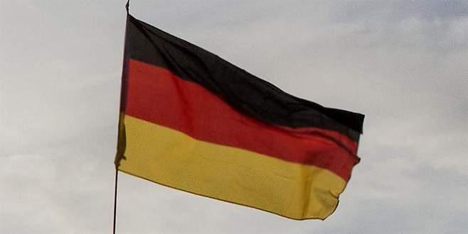 Almanya'da öğrencilere namaz yasağı