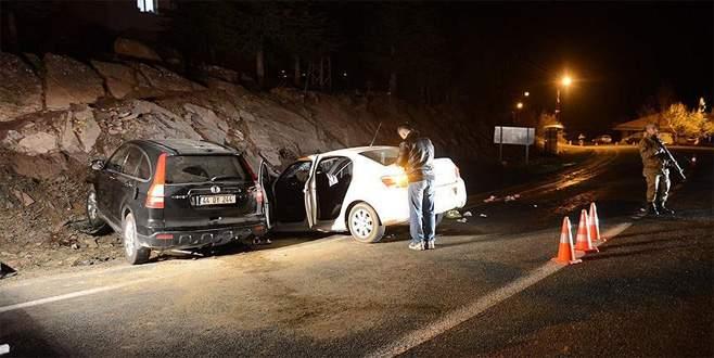 Kaymakamın aracı otomobil ile çarpıştı: 2 ölü, 6 yaralı