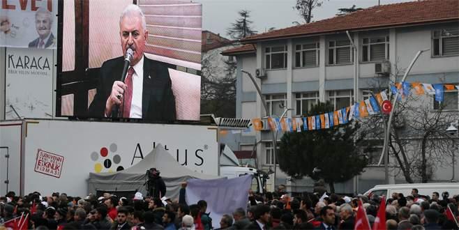 Başbakan Yıldırım'dan video konferanslı miting