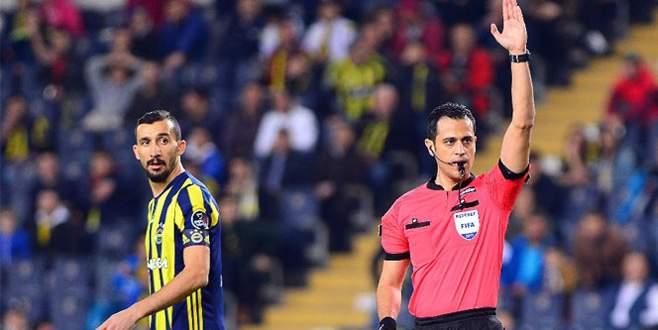Mehmet Topal: Top elime çarptı