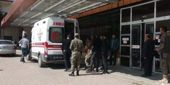 El Bab'da 4 Türk askeri yaralandı