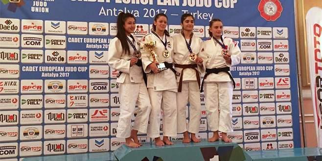Osmangazili judocular Avrupa Kupası'nda kürsüde