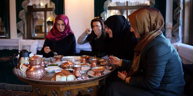 'Sultan annelerin' ünü ülke sınırını aştı