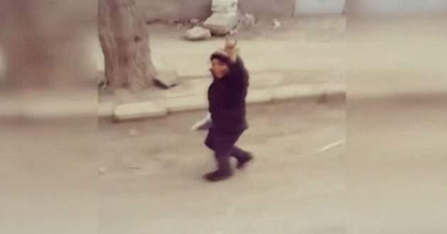 El Bab sokaklarında Mehter Marşı