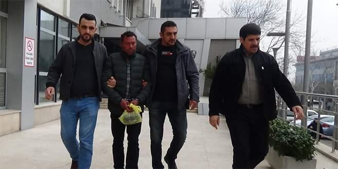 Sahte savcıyı vatandaşlar yakaladı