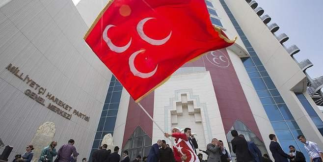 MHP'de 4 isim hakkında ihraç kararı
