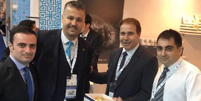 İlka Şekerleme Dubai'de kestane şekerini tanıttı