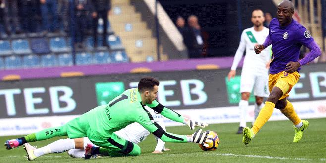 Osmanlıspor- Bursaspor maçından kareler