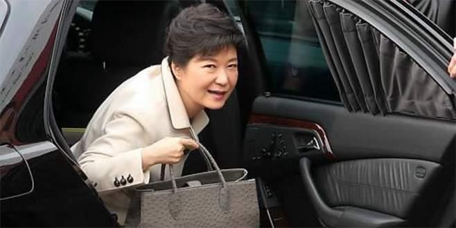 Azledilen Cumhurbaşkanı, Saray'dan nihayet ayrıldı