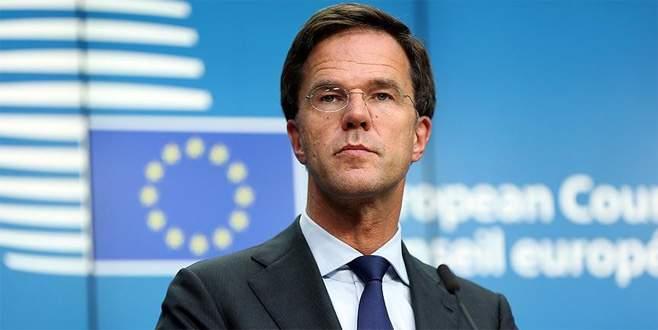 Hollanda'dan Srebrenitsa yanıtı