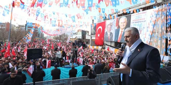 '16 Nisan'da Türkiye 'evet'le Avrupa'yı inletecek'