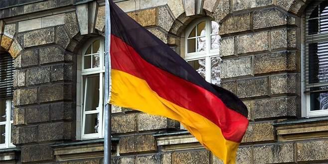 Almanya'da bir eyaletten daha 'toplantı yasağı'