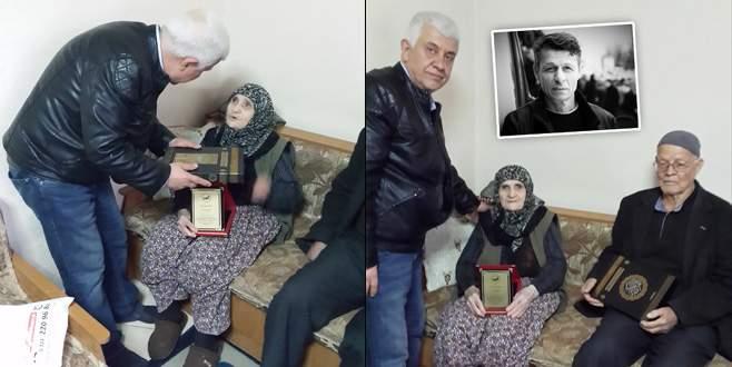 15 Temmuz şehidi Cambaz'ın annesine 'Yılın kadını' ödülü