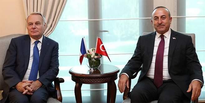 Dışişleri Bakanı Çavuşoğlu Fransız mevkidaşıyla görüştü