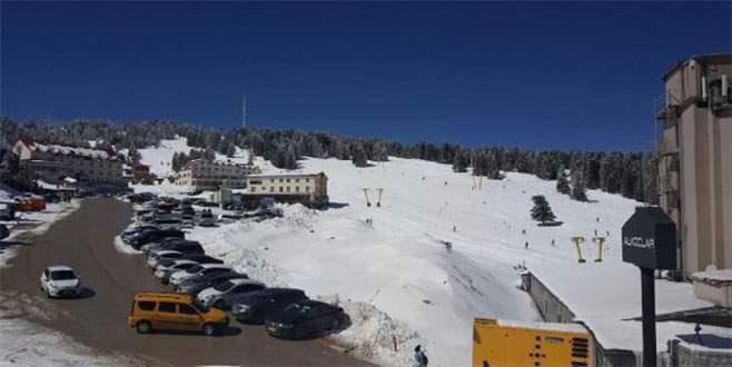 Uludağ'da kar kalınlığı 125 santime ulaştı