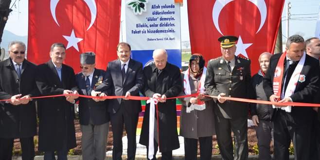 Şehit Öğretmen Etem Yaşar Meydanı törenle açıldı
