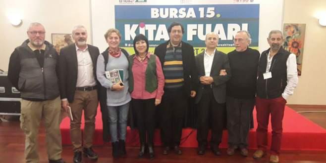 Bursalı şairler fuarda buluştu