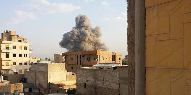 Suriye'de okulda sivil katliamı iddiası