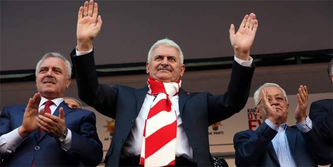 Kılıçdaroğlu'nun izniyle Başbakan Yıldırım'ı karşıladı