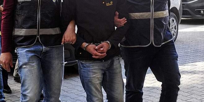 Türk bayrağını indiren zanlı tutuklandı