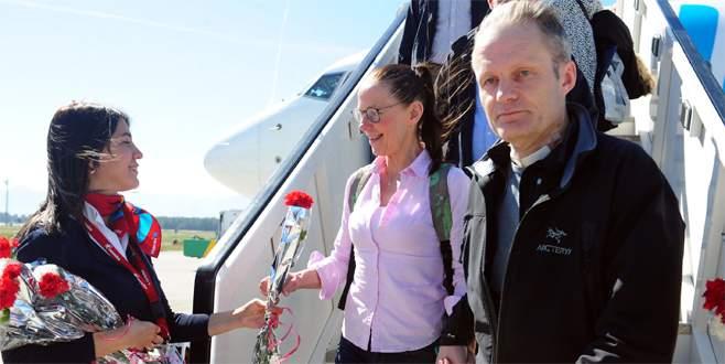 İsveç'ten ilk turist kafilesi geldi